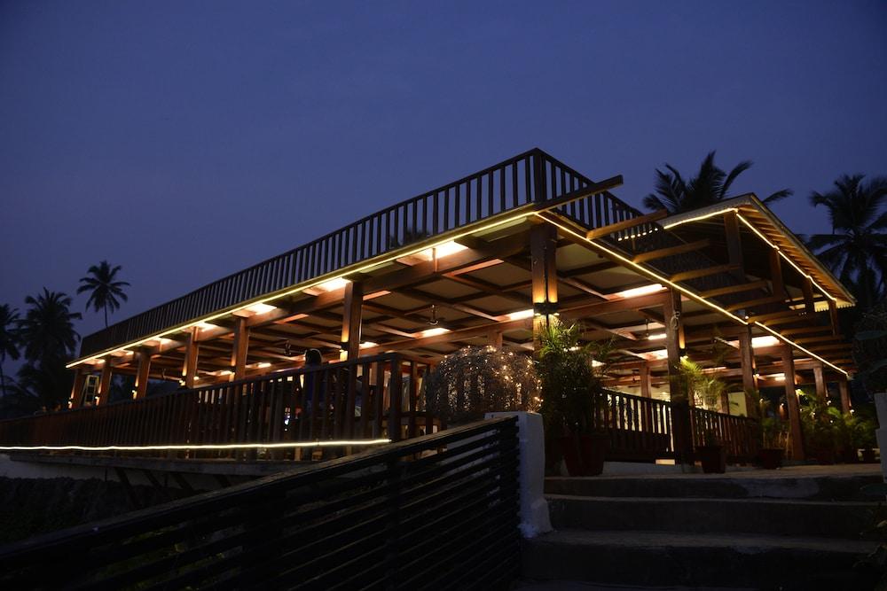 Premium Wooden Ac Cottage