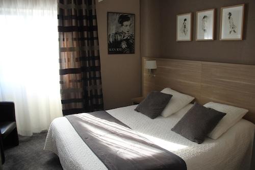 Brit Hôtel Le Cygne, Manche