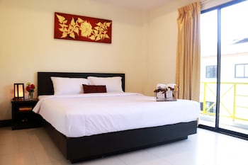 2 Connecting Double Room