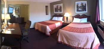 Deluxe Suite, Multiple Beds, Non Smoking, Kitchenette