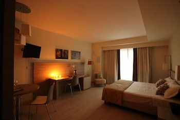 Comfort Tek Büyük Veya İki Ayrı Yataklı Oda, Teras