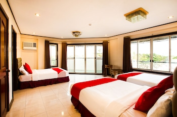 Humberto's Hotel Davao Featured Image