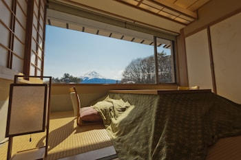 Japanese Style Room with a Hori-kotatsu & Mt. Fuji View (Annex Build)