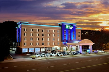 Holiday Inn Express Hotel & Suites Knoxville West -Papermill