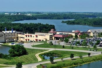 Lakeside Hotel Casino photo