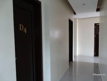 Piazza Luna Tower Davao Hallway