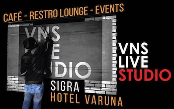 Hotel - Hotel Varuna