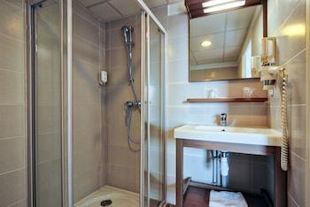 Zenitude Hôtel-Résidences Narbonne Centre - Bathroom  - #0