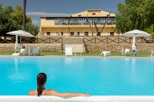. Hotel Villa Calandrino