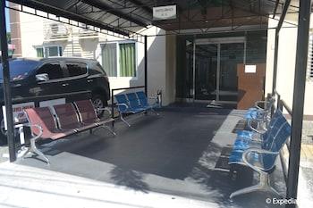 J House Pampanga Hotel Entrance