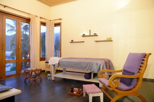 DoubleTree by Hilton Seychelles - Allamanda Resort & Spa,