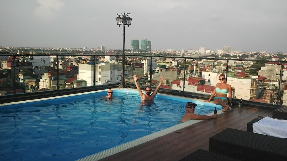 티란트 호텔(Tirant Hotel) Hotel Image 35 - Rooftop Pool