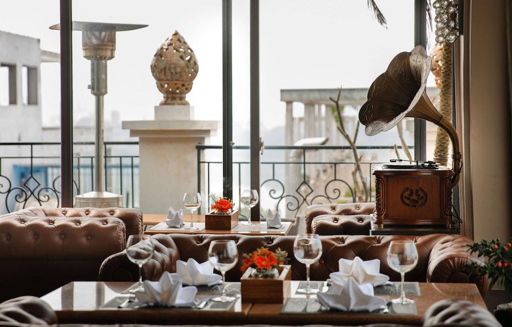 티란트 호텔(Tirant Hotel) Hotel Image 44 - Restaurant