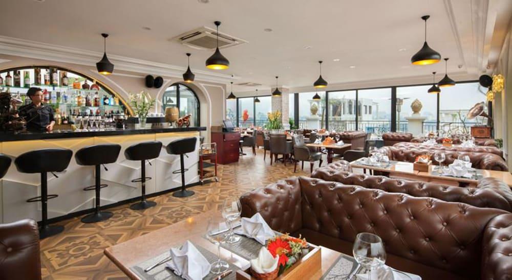 티란트 호텔(Tirant Hotel) Hotel Image 46 - Hotel Bar