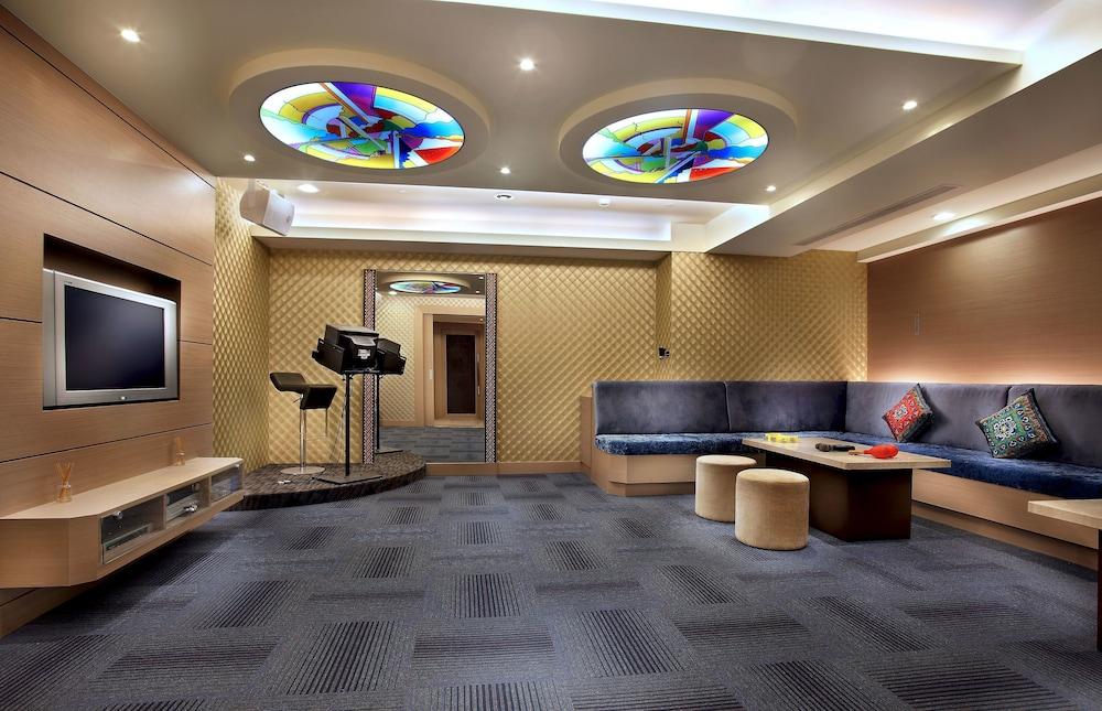 卡拉 OK 室