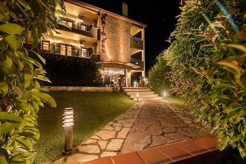 . Naiades Hotel