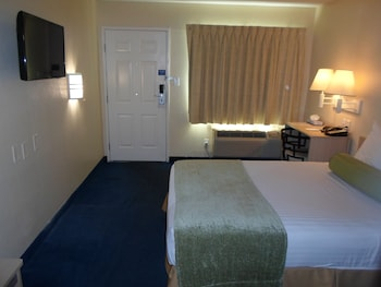 Room, 1 Double Bed, Accessible, Non Smoking (Mobility Accessible)