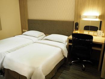 ザ リバーサイド ホテル インターナショナル