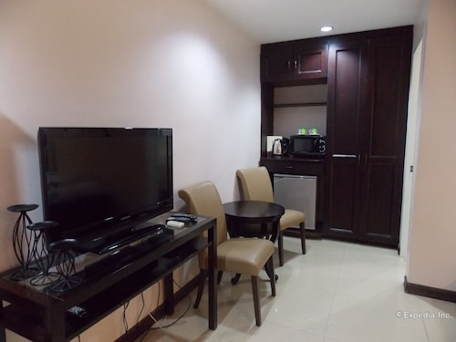 The Suites at Calle Nueva, Bacolod City