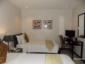 The Suites at Calle Nueva Bacolod Room