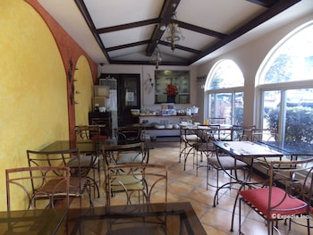 The Suites at Calle Nueva Bacolod Restaurant