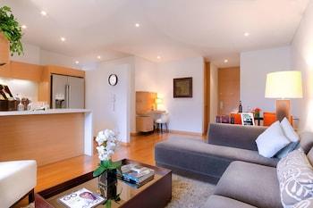 Hotel - 93 Luxury Suites & Residences