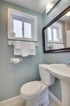 Bathroom at White Marlin Inn in Ocean City