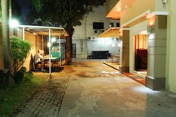 Hotel - Rumi Apartelle Hotel