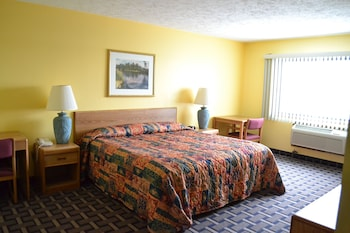 Sky Lodge Inn & Suites photo