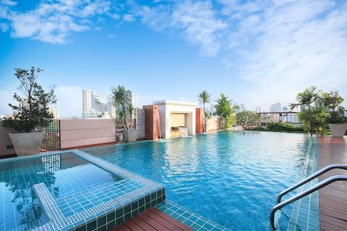 . D Varee Residence Montara Thonglor 25, Bangkok