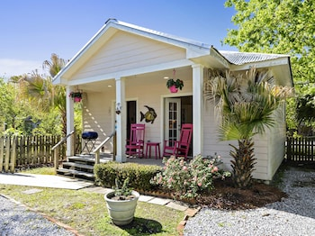 Romantic Cottage, Private Bathroom, Garden View (The Cottage)