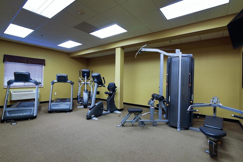 수리 밸리 스위트(Souris Valley Suites) Hotel Image 23 - Fitness Facility