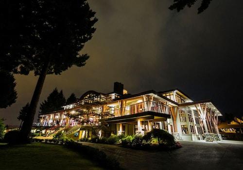 . Crown Isle Resort and Golf Community