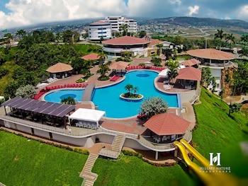 Hillary Nature Resort Spa