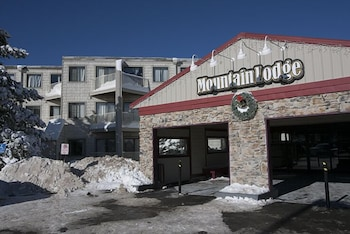 Hotel - Mountain Lodge