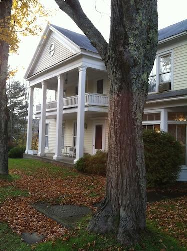 . The Willow Tree Inn