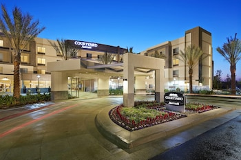 Hotel - Courtyard by Marriott Long Beach Airport