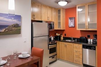 Guestroom at Residence Inn San Diego Del Mar in San Diego