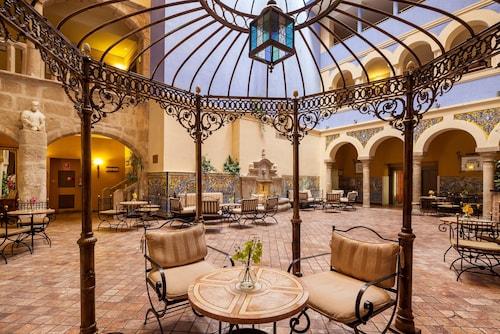 . Hotel ILUNION Mérida Palace