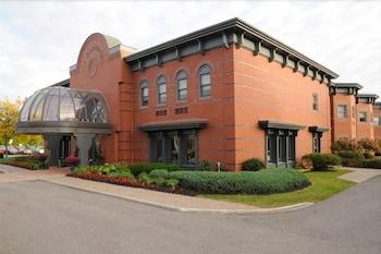 Hotel - The Clarkson Inn