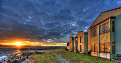 . Stanley Village Waterfront Accommodation