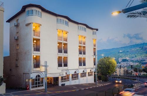 . JACOB HOTEL TIBERIAS - BY JACOB HOTELS.