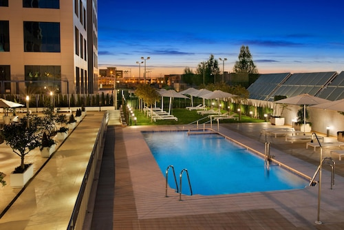 __{offers.Best_flights}__ Hilton Garden Inn Sevilla