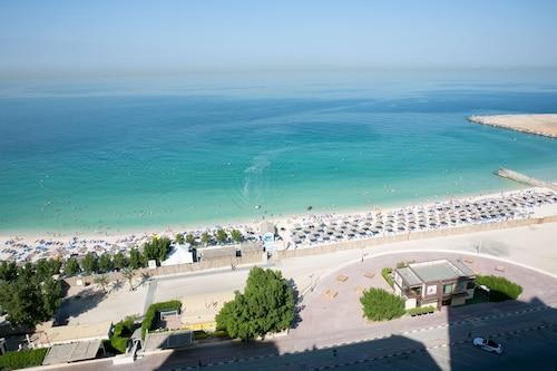 . Ramada by Wyndham Beach Hotel Ajman