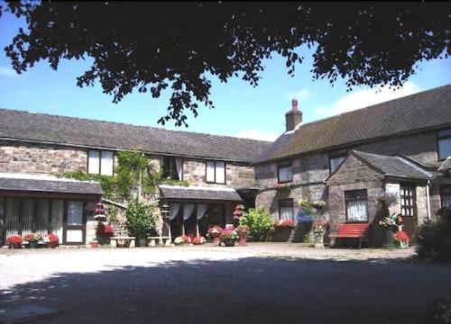 Shawgate Farm Guest House, Staffordshire