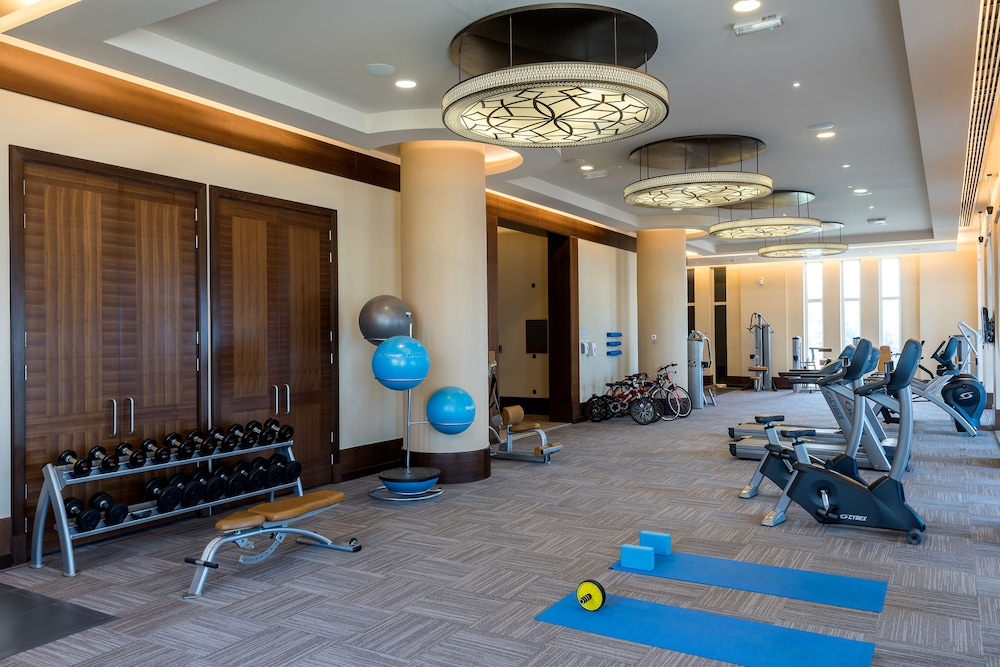 Health and Fitness : Fitness Facility 28 of 122