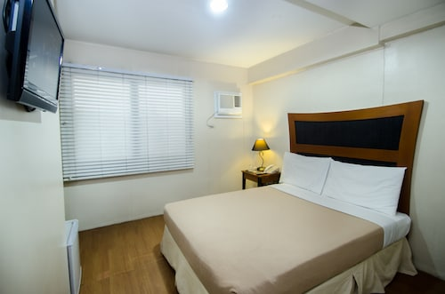 Spaces By Eco Hotel, Makati City