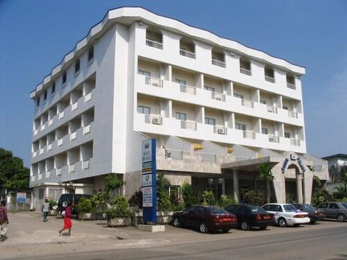 Hotel Royal Palace, Wouri