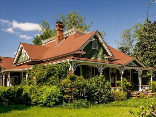 . Holly House of Hamilton