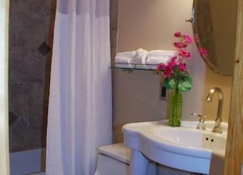 Jensen Beach Inn - Bathroom  - #0